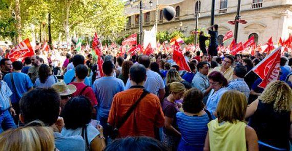 CC.OO y UGT aprobaron recientemente por unanimidad la convocatoria de huelga general contra la reforma laboral para el próximo 29 de marzo